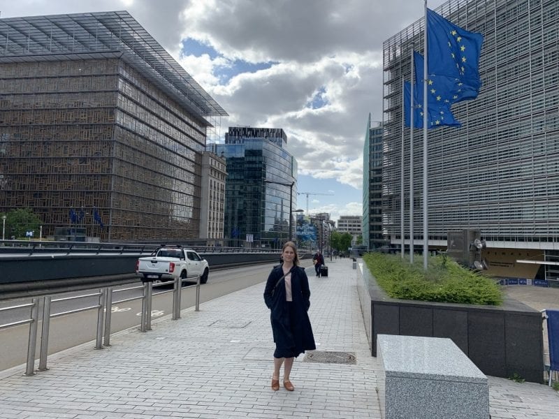 Heta Hassinen Brysselissä.