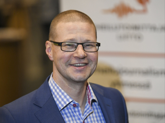 Toimittaja Raiko Häyrinen.
